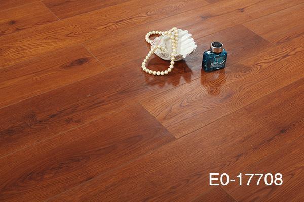 多层实木地板的特性