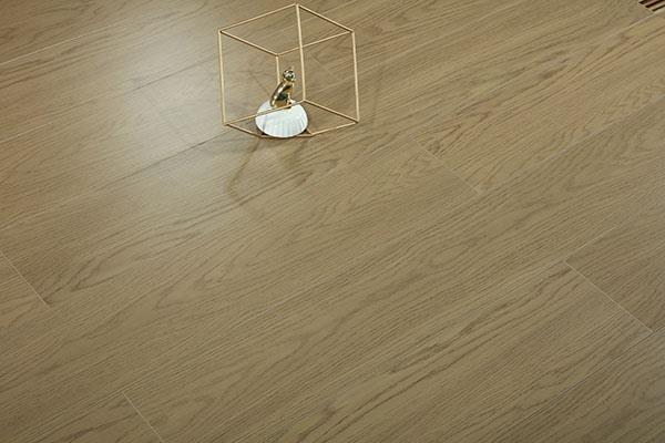 实木多层地板铺装后的验收方式