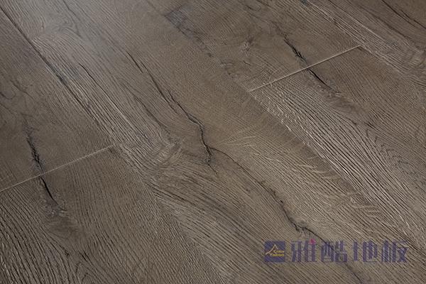 冬季保养实木地板应注意些什么