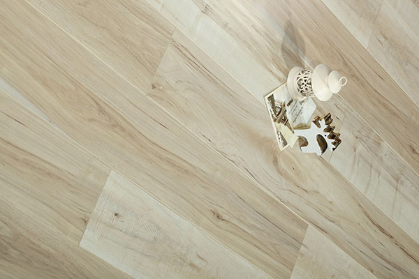 多层实木地板是如何制造的